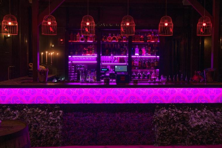 Pataja cocktail bar