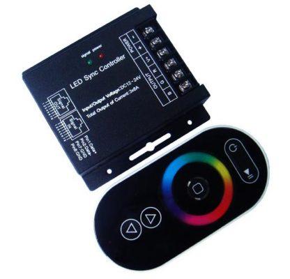 RGB valdiklis su distanciniu RF pulteliu 12VDC 3x8A 288W